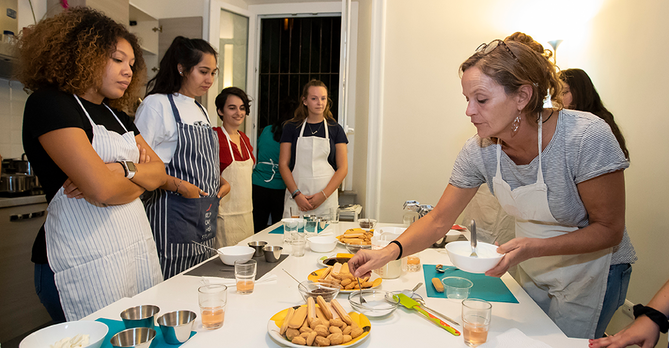 Cooking Class Fall 18 Betsy Manning